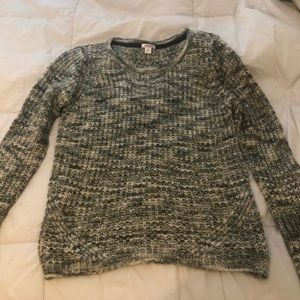 Xhilaration knitted sweater in medium